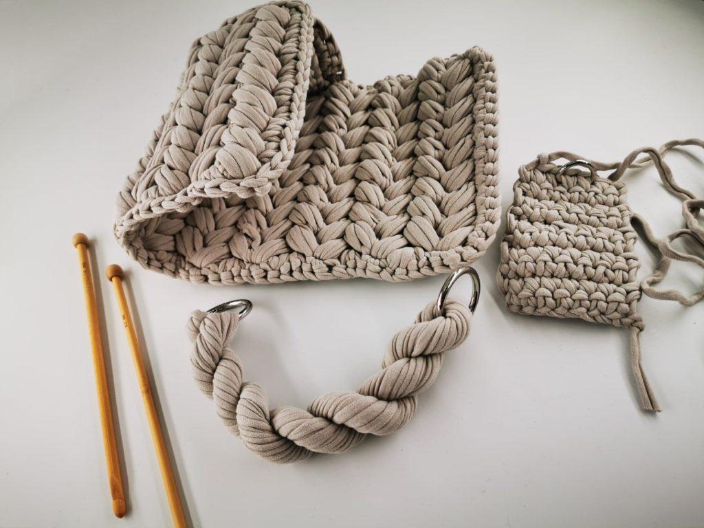 ručně háčkované kabelky